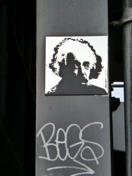 Street Art Berlin Albert Einstein