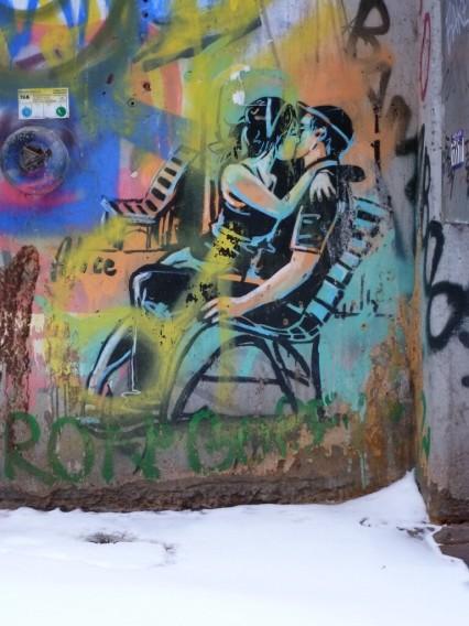Street Art Alice Pasquini Berlin Kreuzberg