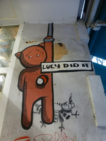 Street Art El Bocho Little Lucy