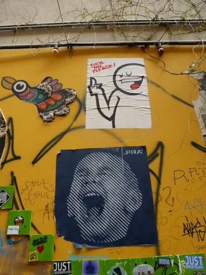 Haus Schwarzenberg Street Art Berlin Mitte Prost